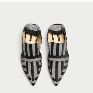 Textured pointy flats/mules
